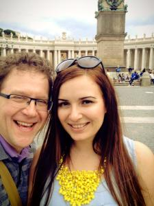 Веско Ешкенази с приятелката си във Ватикана